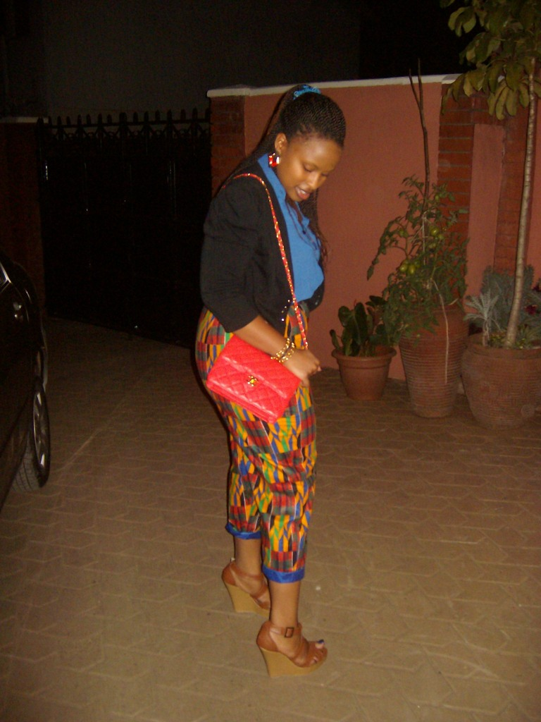 LOOOOOVE my pants courtesy of Boutique Mahali!